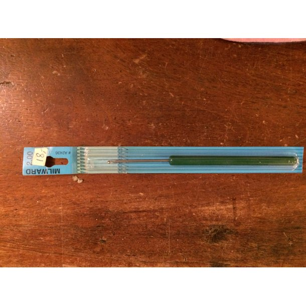 Hæklenål med skaft. 2,0 mm. SÅ LÆNGE LAGER HAVES!